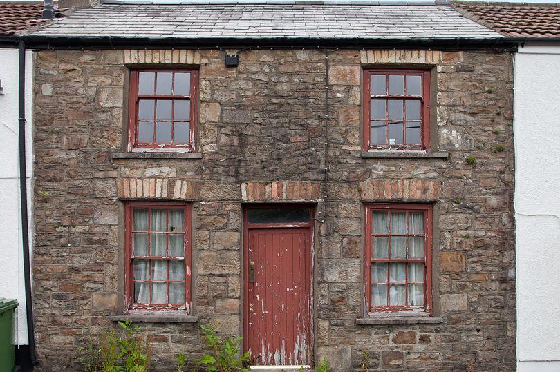 old cottage sash windows